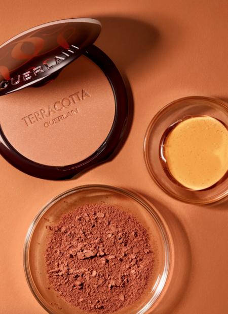 Guerlain empieza el 2021 fijándose como objetivo un mínimo del 90% de ingredientes naturales en cada nueva fórmula de maquillaje