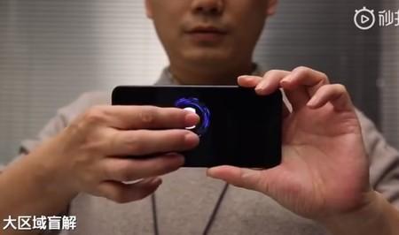 El nuevo sensor de huellas de Xiaomi hace posible desbloquear el smartphone tocando casi cualquier parte de la pantalla