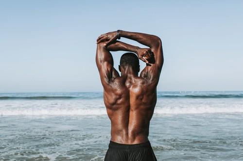 Cuatro ejercicios para fortalecer la zona lumbar y prevenir el dolor de espalda