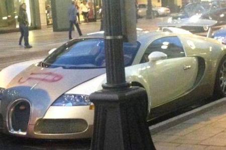 Este Bugatti Veyron tiene pene...