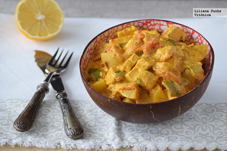 Curry de tofu con patatas fácil. Receta saludable