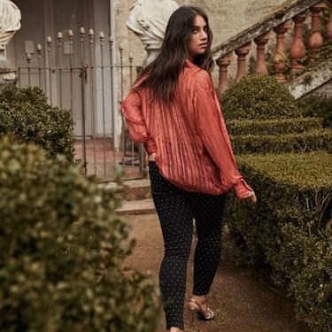 Nueve blusas de Violeta by Mango para vestir los días más fríos con mucho estilo y elegancia