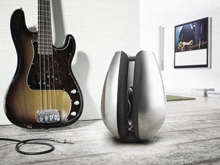 Bang & Olufsen BeoLab 11, un subwoofer de lujo para sibaritas del sonido y el diseño