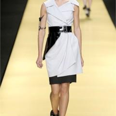 Foto 17 de 32 de la galería karl-lagerfeld-en-la-semana-de-la-moda-de-paris-primavera-verano-2009 en Trendencias