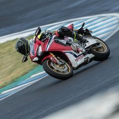 Foto 23 de 33 de la galería bridgestone-battlax-hypersport-s22-2019-prueba en Motorpasion Moto