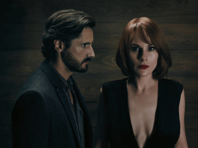 TNT da luz verde a 'Good Behavior', con Juan Diego Botto, y 'Animal Kingdom'