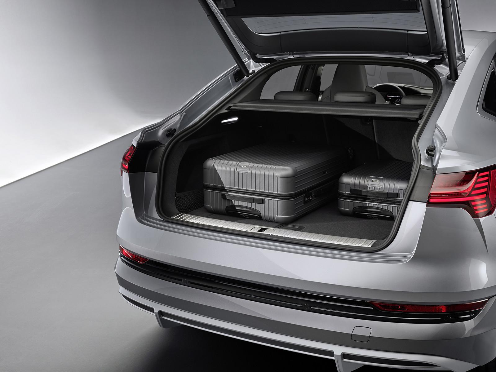 Foto de Audi e-tron Sportback (42/57)