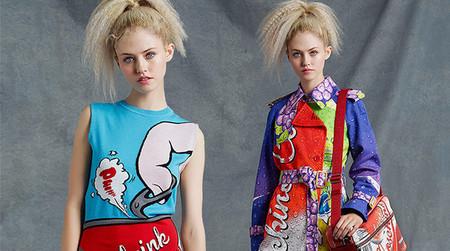 Prendas icónicas, kitsch y Pop Art de Jeremy Scott para la colección Resort de Moschino
