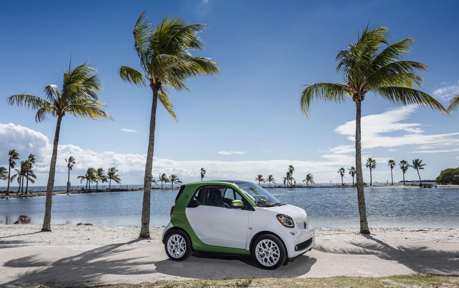 Foto de smart fortwo Electric Drive, toma de contacto (151/313)