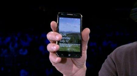 Microsoft muestra nuevos teléfonos Windows Phone 7, incluida la versión del Samsung Galaxy S2
