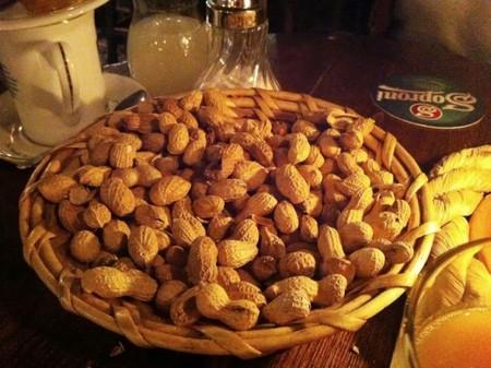 cacahuetes con caca
