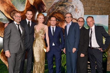 Bryan Singer y el reparto de Jack El Caza Gigantes en el estreno del film