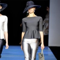 Giorgio Armani Primavera-Verano 2012: sencilla y dulce feminidad