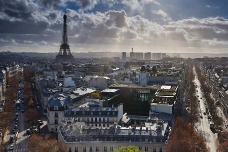 París echa el freno: el Ayuntamiento limita la velocidad a 30 km/h en el centro de la ciudad para reducir la contaminación
