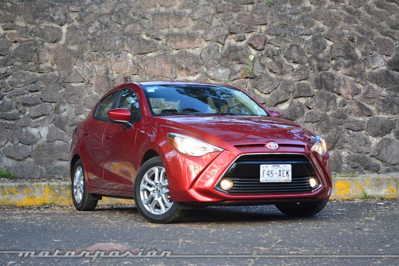 Foto de Toyota Yaris R (7/21)