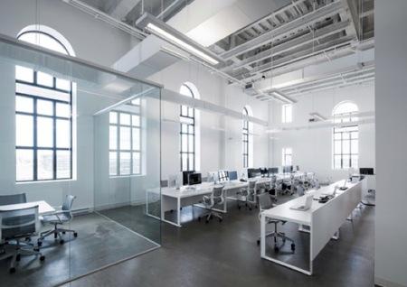 Espacios para trabajar: las oficinas de BLUE Communications