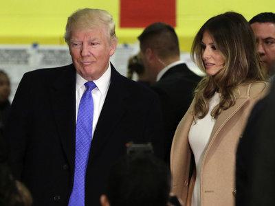 Estas son las prendas que ha elegido Melania Trump, nueva primera dama de los Estados Unidos, durante la jornada electoral