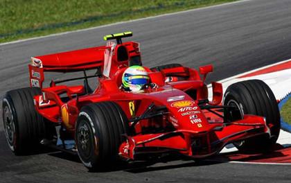 Felipe Massa comienza fuerte en Sepang