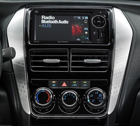 Toyota Yaris Hatchback 2018 12
