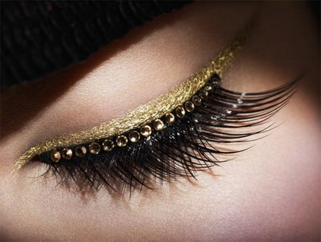 dior-grand-ball-holiday-x-2012-cosmetic-collection-6.jpg