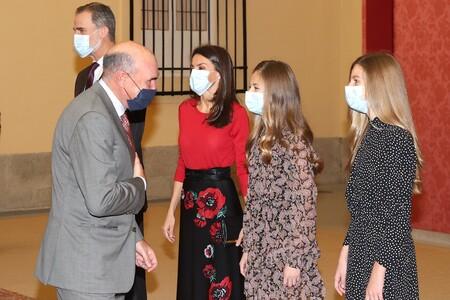 La reina Letizia reaparece junto a la princesa Leonor y la infanta Sofía que captan todo el protagonismo