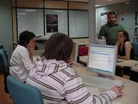 Las prácticas de los becarios  en empresas cotizarán a la Seguridad Social.