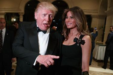 Melania Trump estrena el año con un estupendo Dolce & Gabbana, otra marca agradecida a la (nueva) Primera Dama