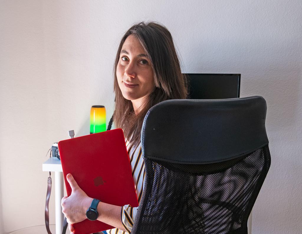 El obtener de Anna Martí: teléfono, ordenador, cámara, mochila y más