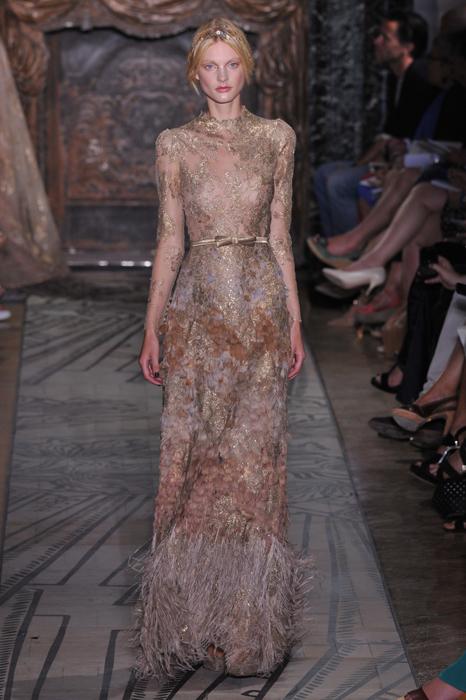 Foto de Todas las imágenes de Valentino Alta Costura Otoño-Invierno 2011/2012 (10/37)