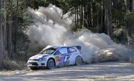 Rally de Australia 2013: Sébastien Ogier ya está en cabeza