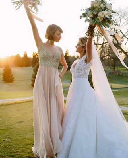 Taylor Swift Britt Maack Reem Acra 1