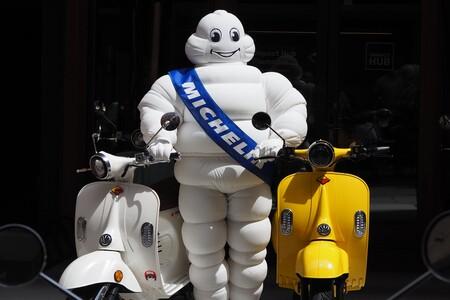 Probamos la Velca Tramontana con los Michelin City Grip 2: una moto eléctrica asequible que se da la mano con un gigante concienciado