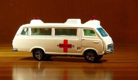 Habrá copago para servicios de ambulancias no urgentes y se dejarán de financiar fármacos para síntomas menores