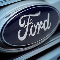 Ford firma su mejor arranque de año en una década, pero avisa de que vienen curvas