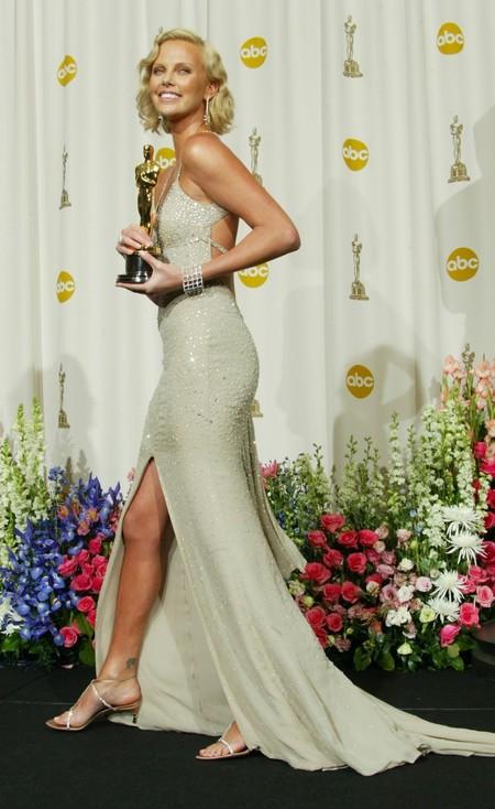 Charlize Theron Oscar 2003