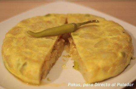 Tortilla picante de patatas y guindillas. Receta