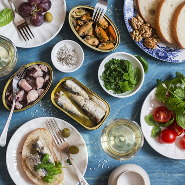 23 recetas fáciles y rápidas para hacer con latas de conserva este verano