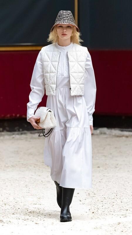 Longchamp Paris Mujer Otono Invierno 2021 2022 11 Chanel