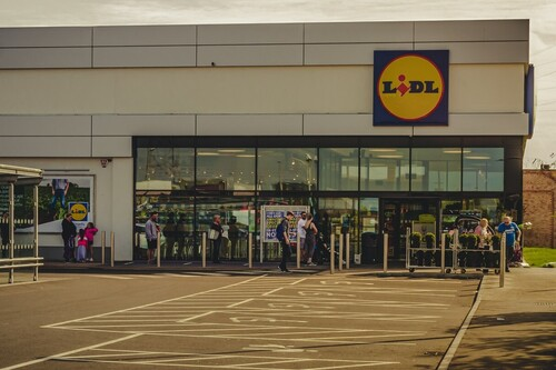 Ofertas Lidl con descuentos de hasta el 40% en sillas de coche Cybex, batidoras Braun o freidoras Salter