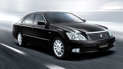 Enésima llamada a revisión de modelos Toyota (esta vez alta gama) y Lexus