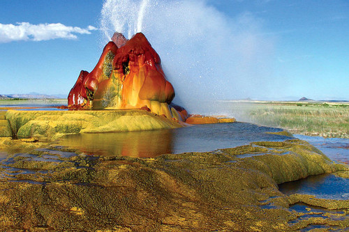 Fly Geyser, un espectacular géiser multicolor en Nevada