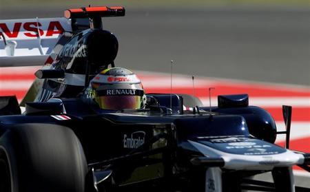 Lewis Hamilton no deja lugar a dudas en el Circuit de Catalunya