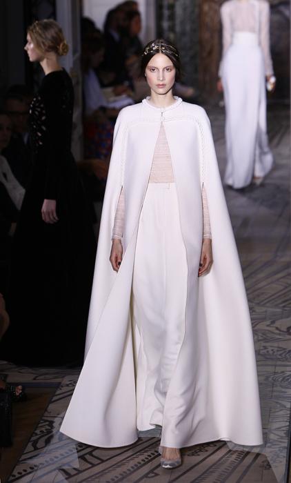 Foto de Todas las imágenes de Valentino Alta Costura Otoño-Invierno 2011/2012 (23/37)
