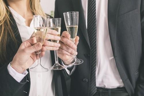 Trucos para controlar el consumo de alcohol en estas fiestas