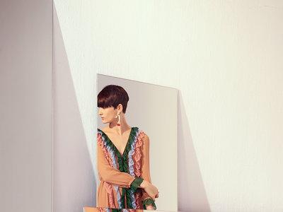 Uterqüe Primavera-Verano 2017 crea un armario cargado de personalidad y color