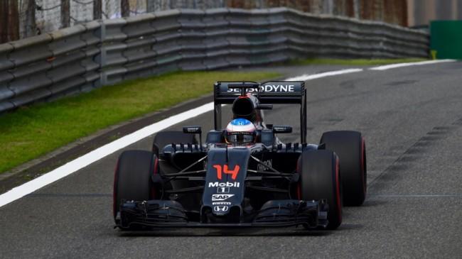 Fernando Alonso confirmado para correr el resto del GP de China