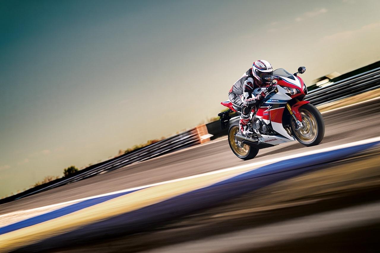 Foto de Honda CBR1000RR SP (2/10)