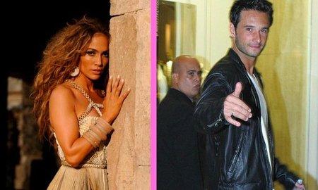 Jennifer Lopez arrima cebolleta con Rodrigo Santoro: ¡aparta, lagarta!