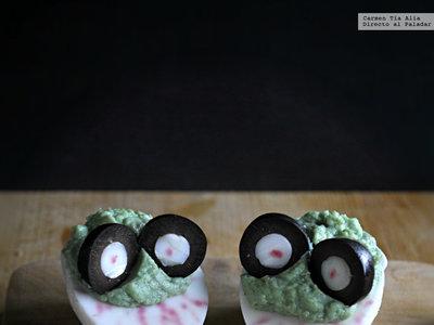 Monster eggs o huevos monstruosos para tu mesa de Halloween. Receta fácil y rápida