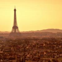 """Francia estudia aprobar una ley anti-terrorismo que iría """"demasiado lejos"""" vigilando a los internautas"""